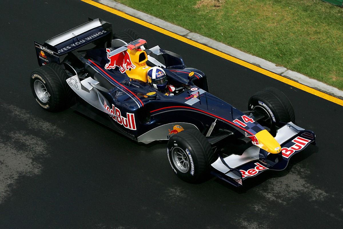 Retro: Het debuut van Red Bull Racing
