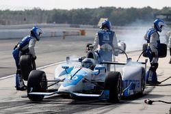 Tony Kanaan, Chip Ganassi Racing Honda, pit stop