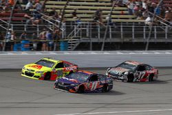 Dale Earnhardt Jr., Hendrick Motorsports Chevrolet, Denny Hamlin, Joe Gibbs Racing Toyota, Ricky Stenhouse Jr., Roush Fenway Racing Ford