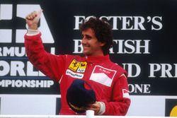 Podium : le vainqueur Alain Prost, Ferrari