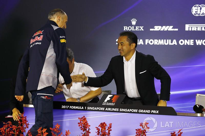 Katsuhide Moriyama Honda, Masashi Yamamoto Honda, Franz Tost, Team Principal, Scuderia Toro Rosso