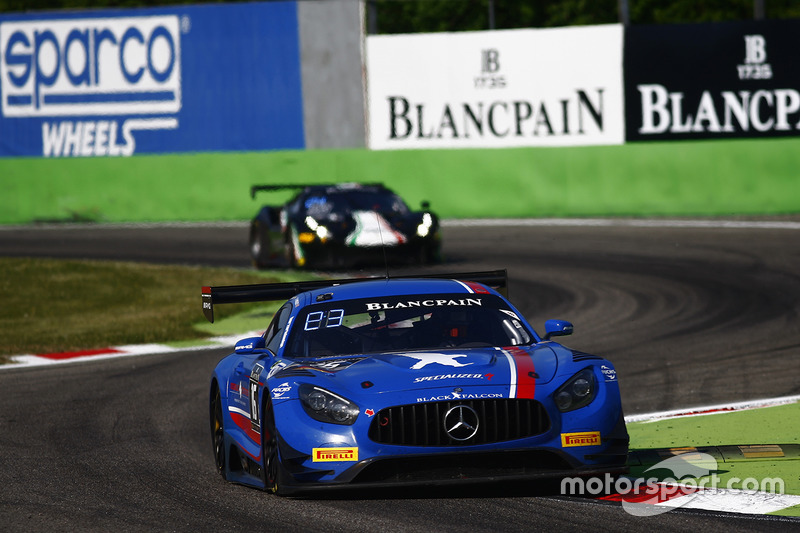 #16 Black Falcon,  Mercedes-AMG GT3: Oliver Morley, Miguel Toril, Manuel Metzger