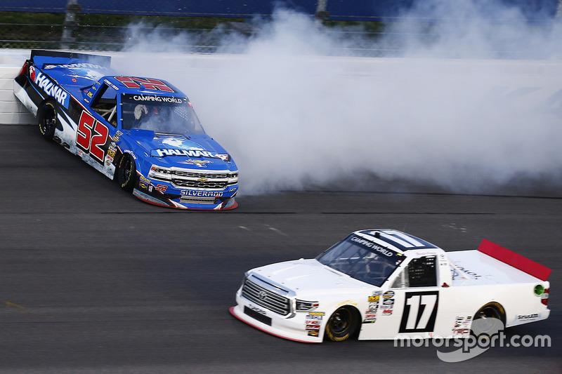 L'incidente di Stewart Friesen, Elaine Larsen Motorsports Chevrolet