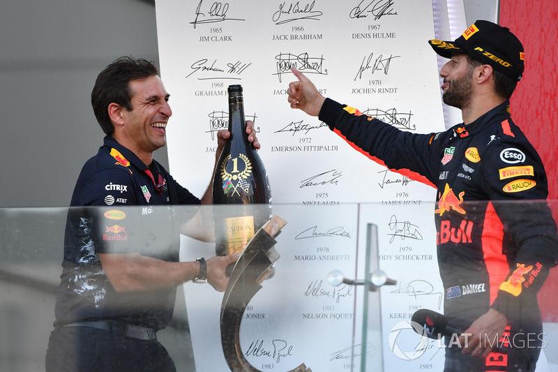 Daniel Ricciardo, Red Bull Racing y Pierre Wache, Red Bull Racing