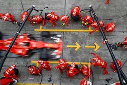 Sebastian Vettel, Ferrari SF70, Boxenstopp