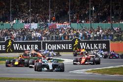 Льюис Хэмилтон, Mercedes AMG F1 W08, Кими Райкконен, Ferrari SF70H, Макс Ферстаппен, Red Bull Racing RB13, Себастьян Феттель, Ferrari SF70H