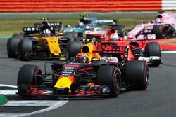 Max Verstappen, Red Bull Racing RB13, Sebastian Vettel, Ferrari SF70H, Nico Hulkenberg, Renault Spor