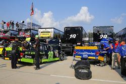Austin Cindric, Brad Keselowski Racing Ford and Chase Briscoe, Brad Keselowski Racing Ford