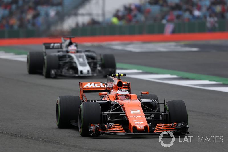 Стоффель Вандон, McLaren MCL32