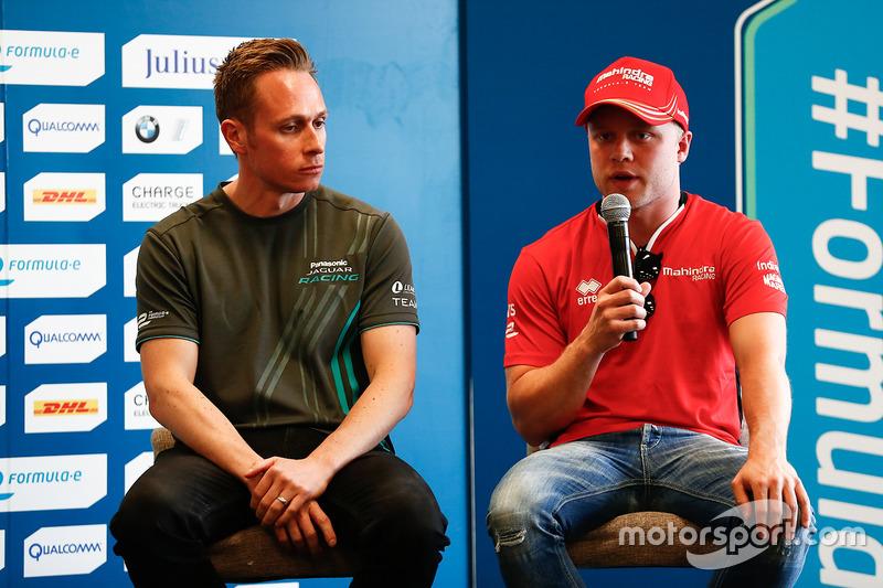 Adam Carroll, Jaguar Racing; Felix Rosenqvist, Mahindra Racing