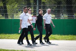 Andre Lotterer, Porsche Team, durante il track walk