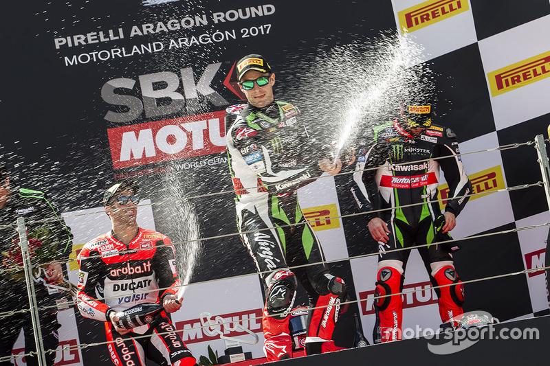 Podium: race winner Jonathan Rea, Kawasaki Racing, second place Marco Melandri, Ducati Team