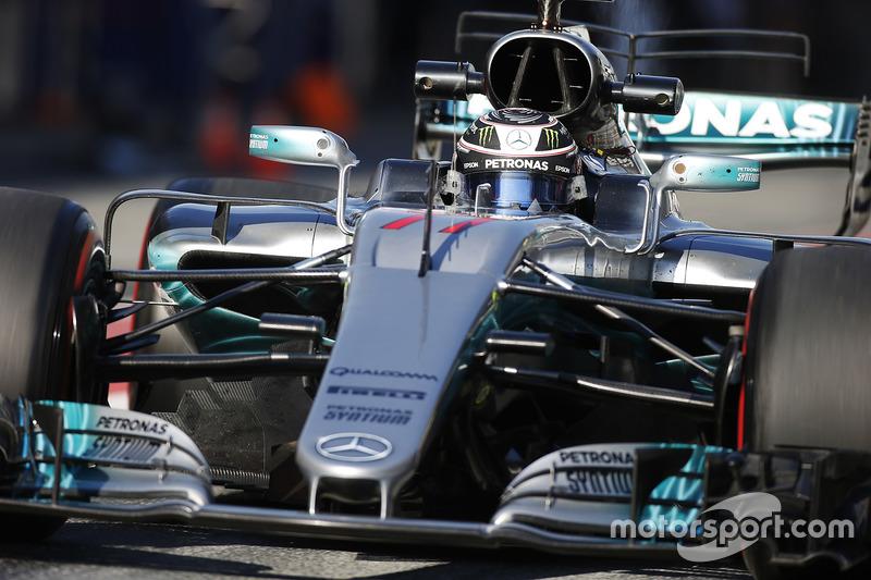 1º Valtteri Bottas, Mercedes AMG F1 W08, 1:19.705, ultrablandos (324 vueltas)