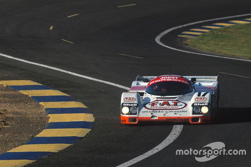 #17 Joest Porsche Racing, Porsche 962C: Manuel Reuter, Frank Jelinski, John Winter