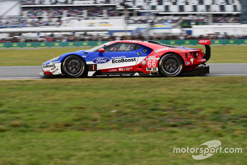 №66 Chip Ganassi Racing Ford GT: Дирк Мюллер, Джой Хенд, Себастьен Бурдэ