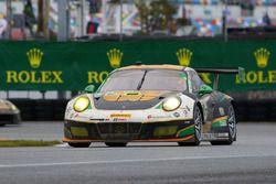 №28 Alegra Motorsports Porsche 911 GT3 R: Даниэль Морад, Джесси Лазаре, Карлос де Кесада, Майкл де К