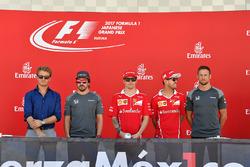 Nico Rosberg, ambassadeur Mercedes-Benz, Fernando Alonso, McLaren, Kimi Raikkonen, Ferrari, Sebastian Vettel, Ferrari et Jenson Button, McLaren