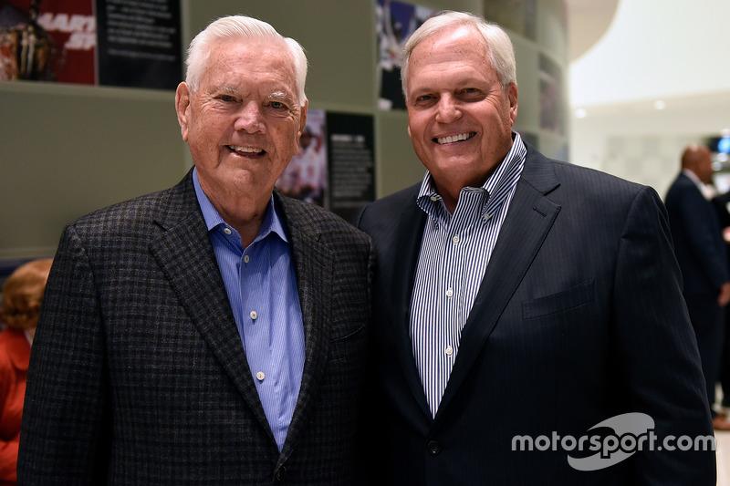 Junior Johnson y Rick Hendrick
