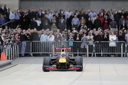 Daniel Ricciardo, Red Bull Racing am ExxonMobil-Hauptsitz