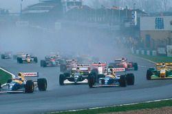 Alain Prost vor Damon Hill, Williams FW15C; Karl Wendlinger, Sauber C12; Ayrton Senna, McLaren MP4/8