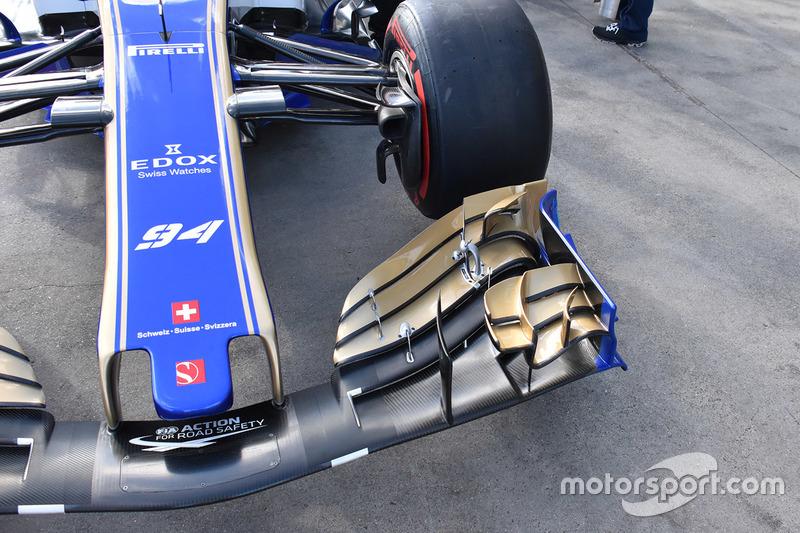 Sauber C36, detalle de alerón delantero