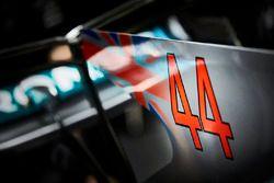 Le numéro de Lewis Hamilton, Mercedes AMG F1 W08, sur le capot moteur de sa voiture