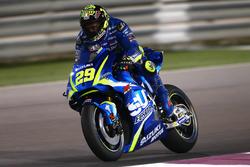 IAndrea Iannone, Team Suzuki MotoGP with Aerodynamic wing Suzuki fairing