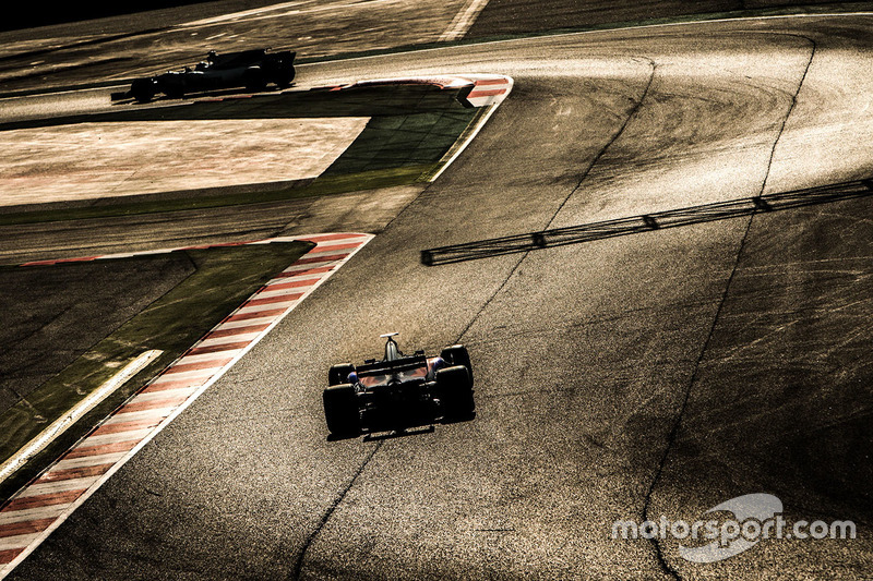 Jueves: Daniil Kvyat, Scuderia Toro Rosso STR12