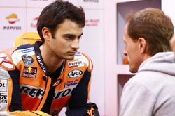 Гонщик Repsol Honda Team Дани Педроса и Сете Жибернау