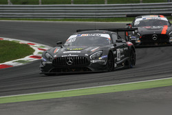 #40 SPS Automotive Performance Mercedes AMG GT3: Mauro Calamia, Roberto Pampanini