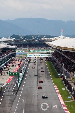 Lewis Hamilton, Mercedes AMG F1 W08, formasyon turu