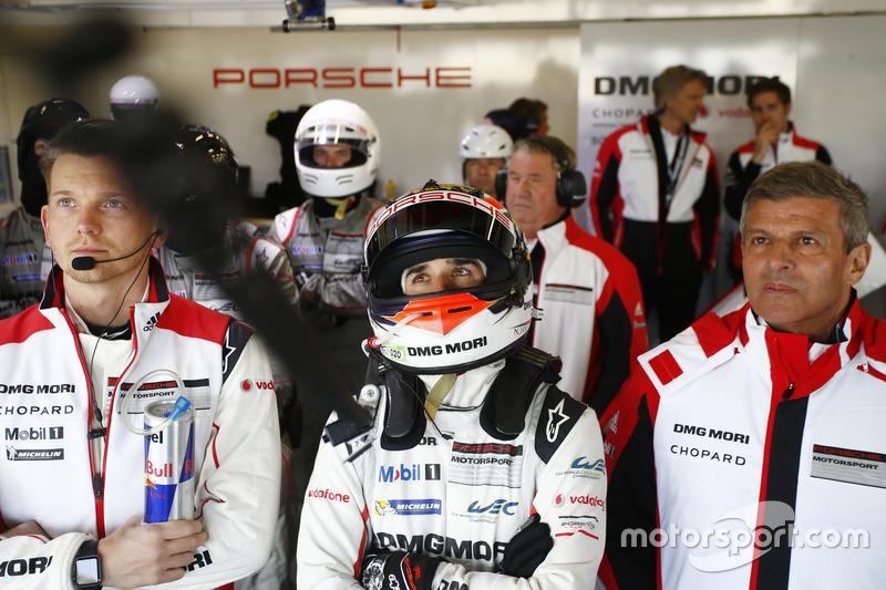 Neel Jani, Porsche Team and Fritz Enzinger, Director LMP1 Porsche Team