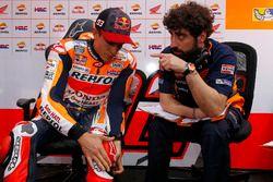 Marc Marquez, Repsol Honda Team, et Santi Hernandez