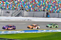 Matt Kenseth, Joe Gibbs Racing Toyota, Daniel Suarez, Joe Gibbs Racing Toyota, Denny Hamlin, Joe Gib