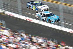 D.J. Kennington, Gaunt Brothers Racing Toyota; Michael Waltrip, Premium Motorsports Toyota