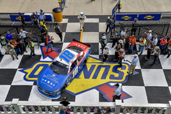 Kyle Busch, Joe Gibbs Racing, Toyota Camry Comcast Salute to Service Juniper, victory