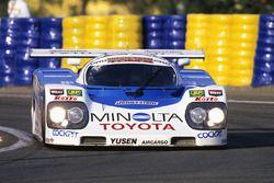 #36 Toyota Team Tom's Toyota 90C-V: Geoff Lees, Hitoshi Ogawa, Masanori Sekiya