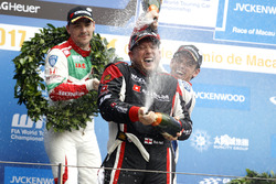 Podium: Race winner Rob Huff, All-Inkl Motorsport, Citroën C-Elysée WTCC, Norbert Michelisz, Honda Racing Team JAS, Honda Civic WTCC, Tom Chilton, Sébastien Loeb Racing, Citroën C-Elysée WTCC
