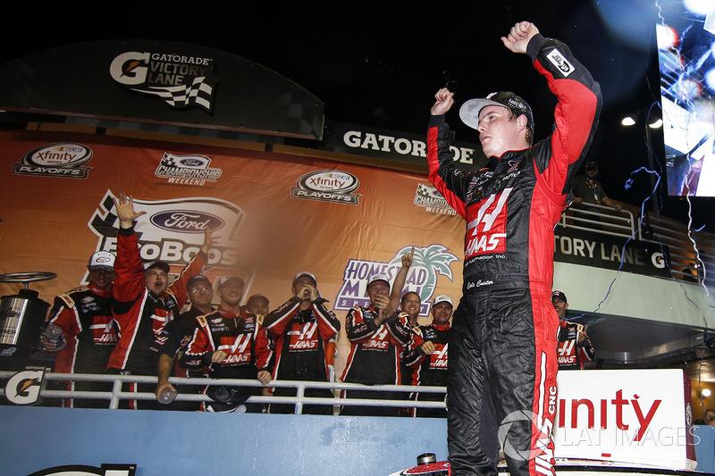 Ganador, Cole Custer, Stewart-Haas Racing Ford