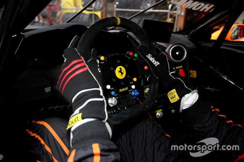 #361 Ineco - MP Racing Ferrari 488: Thomas Gostner