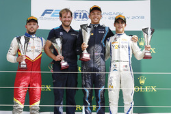 Podium: race winner Alexander Albon, DAMS, second place Luca Ghiotto, Campos Racing, third place And Sergio Sette Camara, Carlin