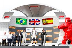 Podium: second place Sergio Sette Camara, Carlin, winner George Russell, ART Grand Prix, third place Roberto Merhi, MP Motorsport
