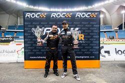 Mansour Chebli y Khaled Al Qubaisi, con sus trofeos después de ROC Factor Medio Oriente