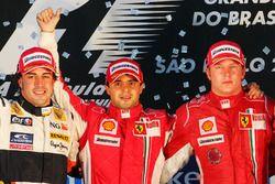 Podium: winnaar Felipe Massa, Ferrari, tweede Fernando Alonso, Renault en derde Kimi Raikkonen, Ferr