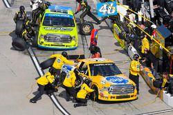 Todd Gilliland, Kyle Busch Motorsports Toyota, Matt Crafton, ThorSport Racing Toyota