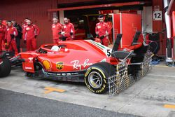 Sebastian Vettel, Ferrari SF71H in the pitlane