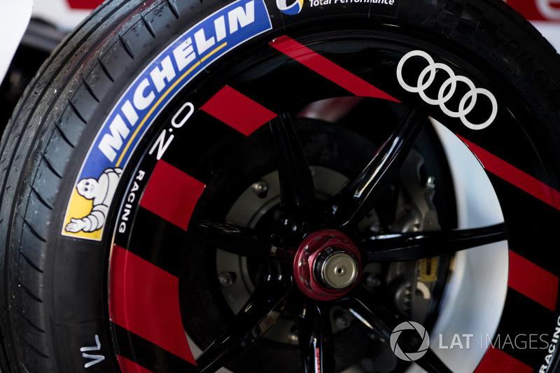 Ban Michelin Formula E