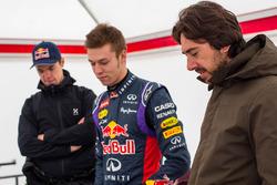 Даниил Квят, Red Bull Racing, тренер Пюру Салмела и Энрико Токкачело