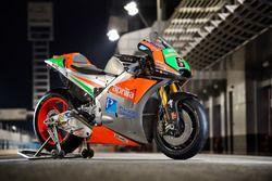 De Aprilia RS-GP 2016 van Stefan Bradl, Gresini Racing