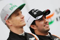 Sergio Perez, Sahara Force India F1, und Nico Hülkenberg, Sahara Force India F1